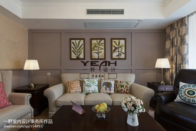 休闲美式客厅背景墙装修
