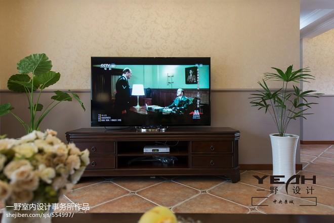休闲美式客厅电视背景墙装修效果图