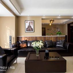 现代风格室内客厅隔断图片