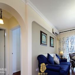 美式乡村风格客厅背景墙装修效果图
