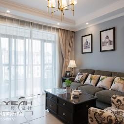 温馨美式客厅窗帘图片