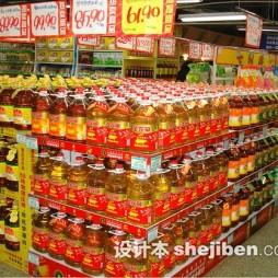 超市商品陈列食用油图片