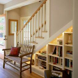 阁楼楼梯间图片