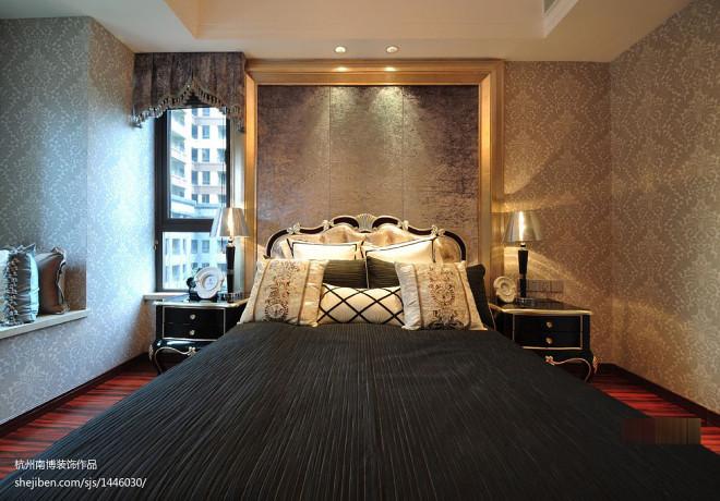 80后新古典风格布置婚房卧室效果图
