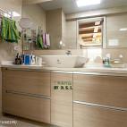 现代小户型卫生间装修图片