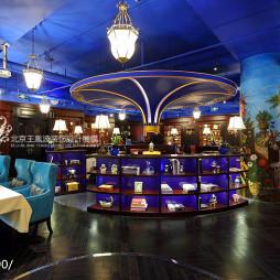 美式咖啡厅吊顶装修图片