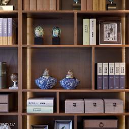 现代中式样板房书房博古架装修图片