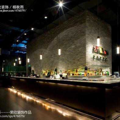荣欣杨秋雨——M1NT餐厅