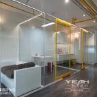 混搭风格工作室玻璃隔断效果图
