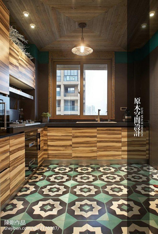 混搭风格厨房原木装修效果图
