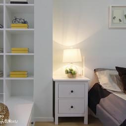 现代风格卧室书柜装修图片