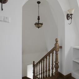 欧式风格跃层楼梯效果图