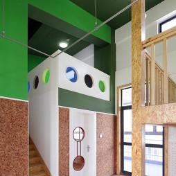 田园风格幼儿园楼梯装修效果图欣赏