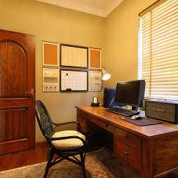 美式风格大宅书房书桌装修效果图