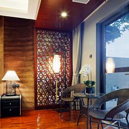 中式卧室阳台隔断设计