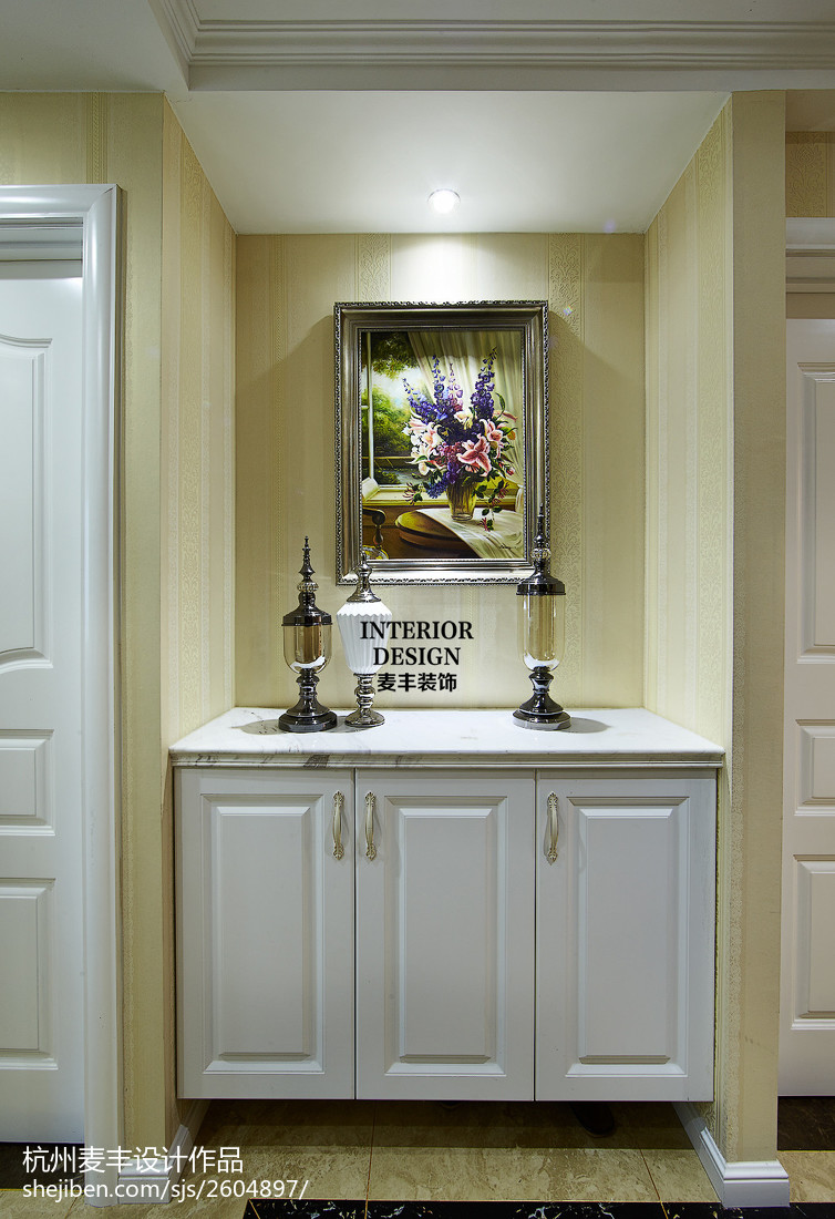 飘窗装修图片效果图_现代欧式玄关柜子装修图片 – 设计本装修效果图