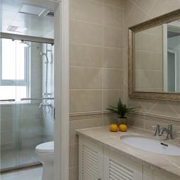 美式卫浴墙面贴砖装修效果图
