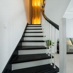 复式现代楼梯装修设计效果图
