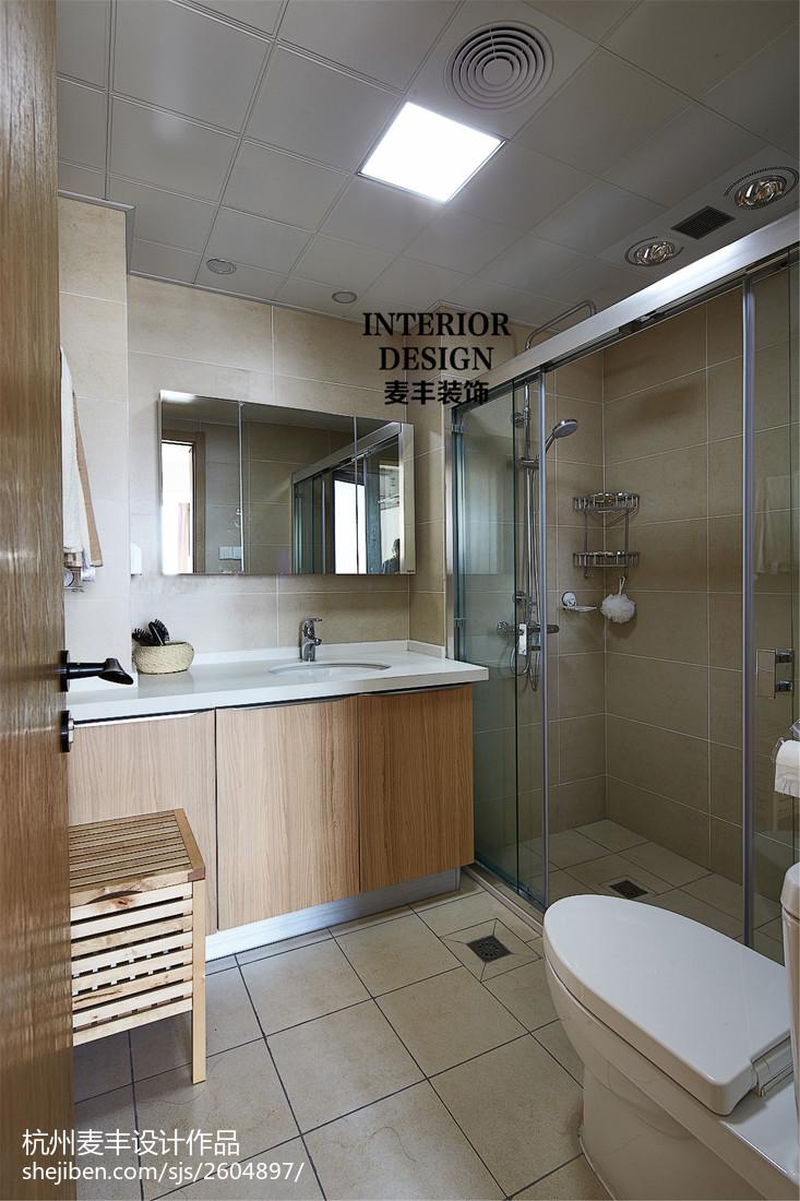 娱乐资讯_现代北欧卫生间原木浴柜装修图片 – 设计本装修效果图
