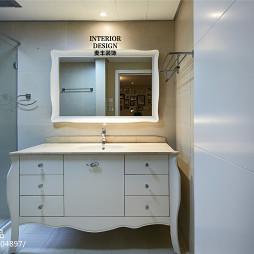 简约美式卫生间台盆柜设计效果图