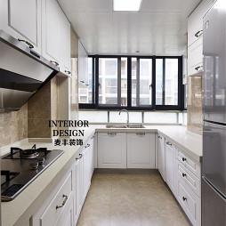简约美式厨房地板砖装修效果图