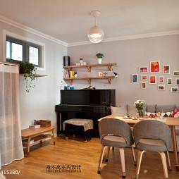 小户型混搭客厅实木家具装修图片