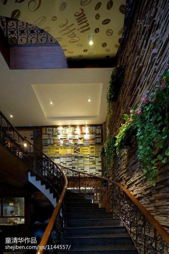 混搭咖啡厅楼梯设计效果图