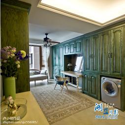 浪漫欧式书房绿色书柜图片