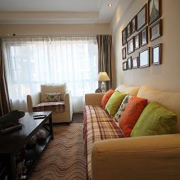 85平方美式田园风格客厅装饰设计
