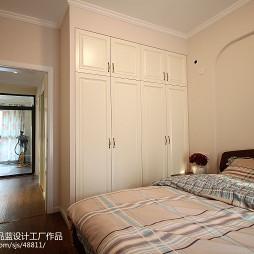 85平方美式田园卧室衣柜设计
