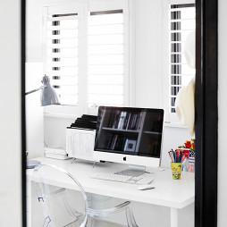 最新简单风格台式电脑桌设计图