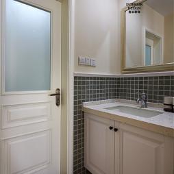 简约美式卫浴马赛克瓷砖装修图