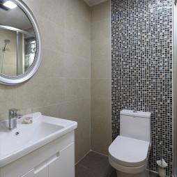 现代简约卫生间装修设计