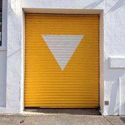 车库卷帘门效果图