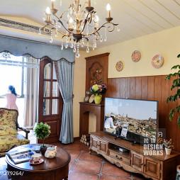 田园风格复式楼客厅吊顶装修图片