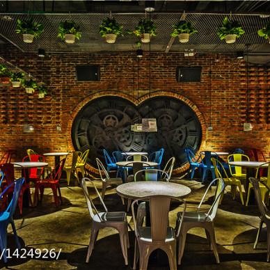 远山 • FM酒吧_1728876