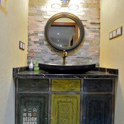 现代中式别墅卫浴装修设计