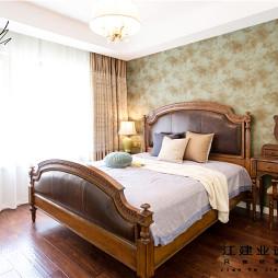 美式卧室实木地板装修图