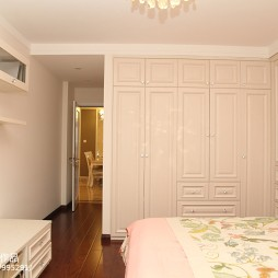 欧式卧室整体衣柜装修效果图