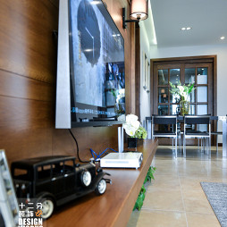 现代客厅背景墙灯饰装修图片