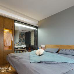 简约现代风格卧室衣帽间设计