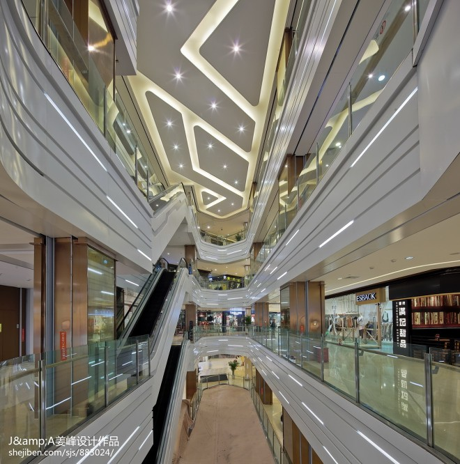 购物广场室内电梯设计