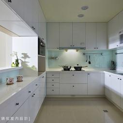 现代厨房装修效果图库欣赏