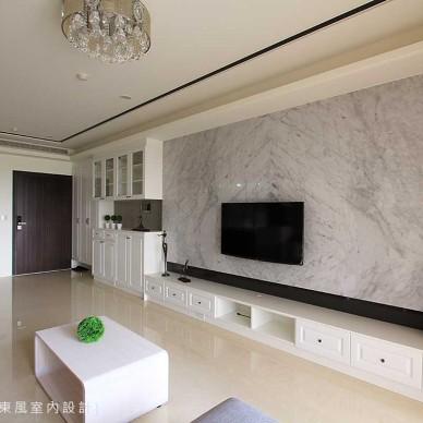 现代客厅电视墙设计图片