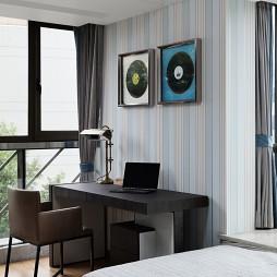 现代简约风格卧室阳台装修设计效果图