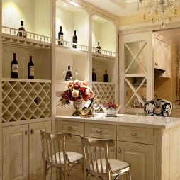 混搭风格厨房酒柜装修设计