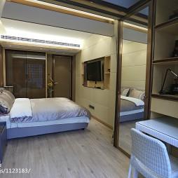 现代奢华风格卧室阳台隔断设计