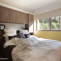 现代简约卧室窗户装修设计
