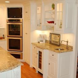 厨房酒柜家居装修设计