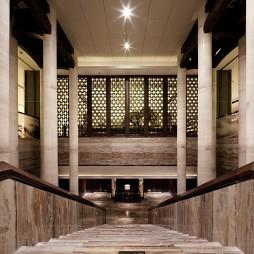 高级大饭店楼梯吊顶装修设计